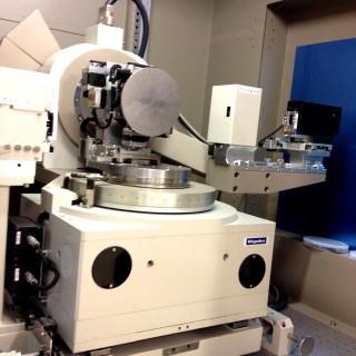 高分解能薄膜X線回折装置
